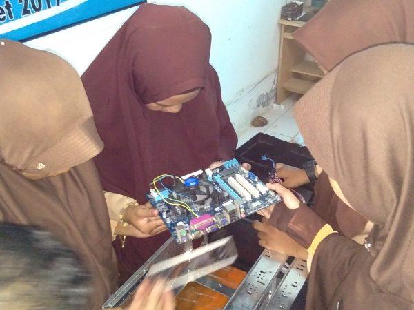 Prospek SMK Jurusan Teknik Komputer dan Jaringan (TKJ)